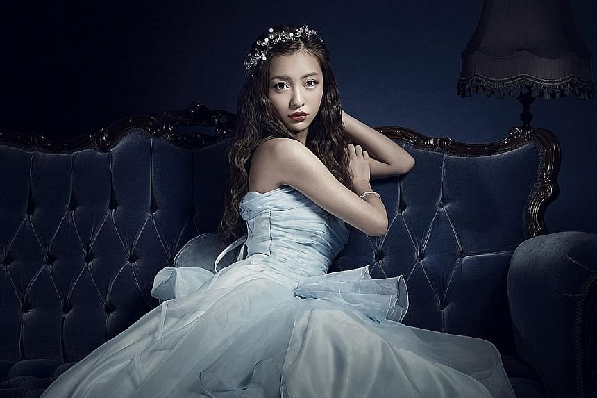 Besides singing, Tomomi Itano is also keen to take on more acting roles.