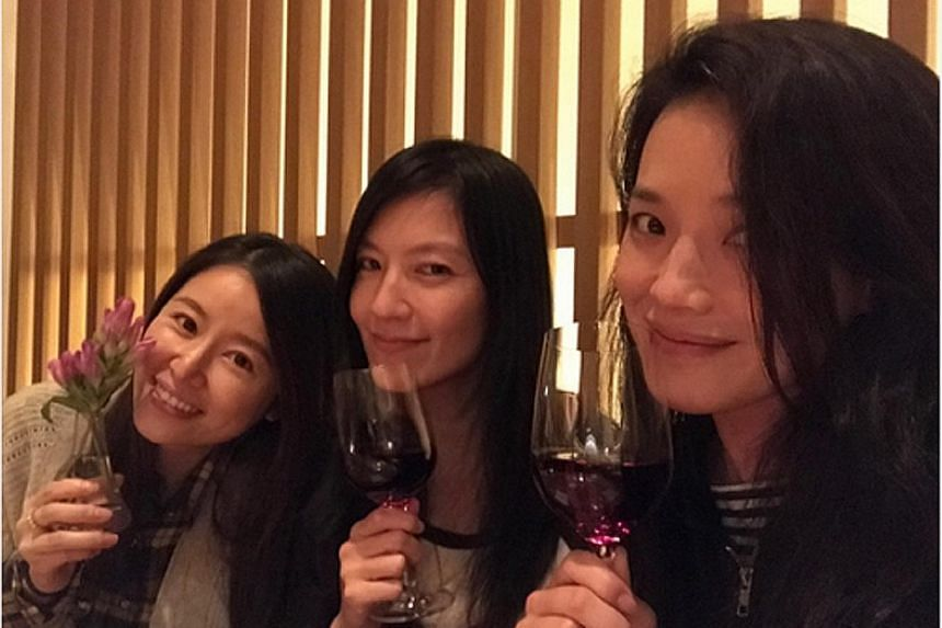 Actress Ruby Lin (far left) with her actress friends, Kelly Lin (centre) and Shu Qi.