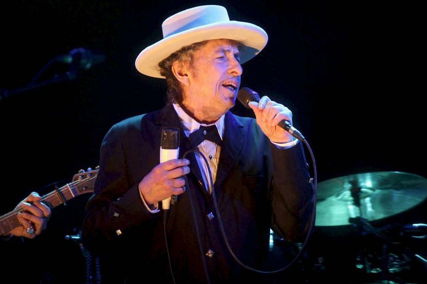 The Swedish Academy has given up trying to reach Bob Dylan, who is yet to give a response to his Nobel Prize in Literature.