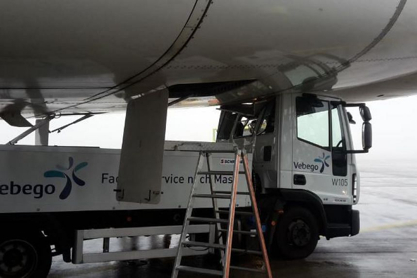 Water servicing vehicle struck a Singapore Airlines plane at Zurich Airport on Oct 16, 2016.