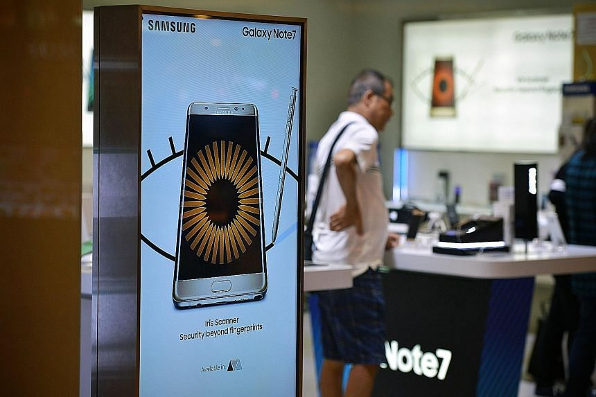 An advertisment for the Galaxy Note7 in Ang Mo Kio Hub. The phone was supposed to be Samsung's flagship device, but is now off the shelves barely two months after its launch due to multiple cases where it exploded and posed a hazard.