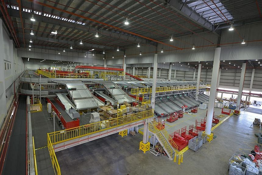 The DHL South Asia Hub, spanning 23,600 sq m, is fitted with the industry's first fully automated express parcel sorting and processing system in South Asia. This allows it to process up to 24,000 shipments and documents an hour - six times the rate