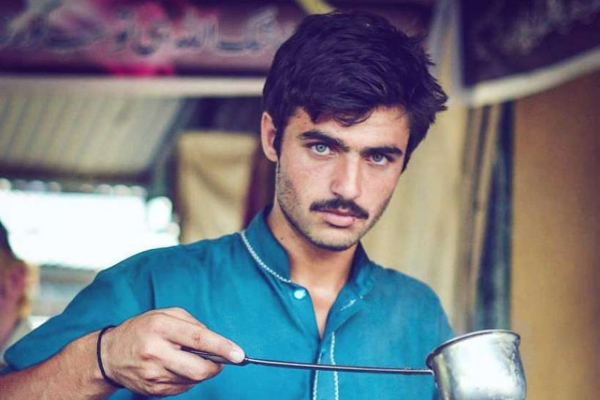 A photo of tea seller Arshad Khan's piercing gaze was uploaded on Instagram and quickly went viral, earning him many new fans.
