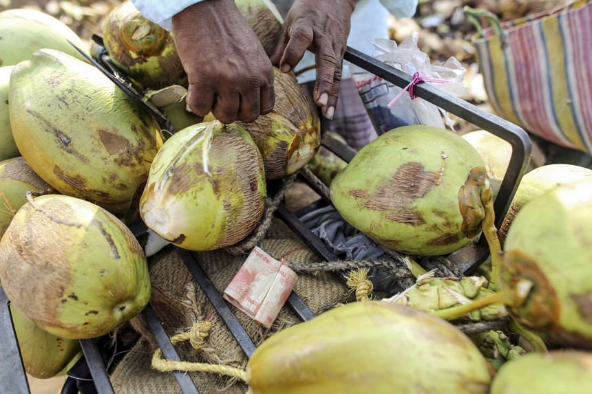 """According to experts, the recent popularity of coconut oil as the new """"superfood"""" is nothing more than marketing hype."""