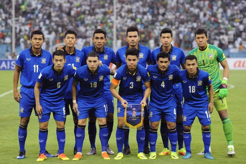 Thailand's national football team poses prior to the World Cup 2018 Asia qualifying football match against Saudi Arabia in Riyadh on Sept 1, 2016.