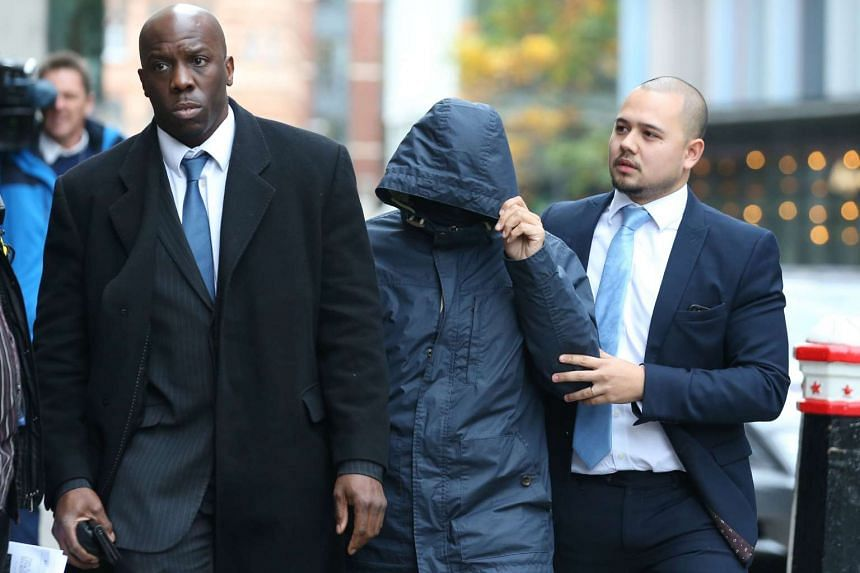 Mazher Mahmood (centre) arrives for sentencing at the Old Bailey Central Criminal Court in London, Britain on Oct 21, 2016.