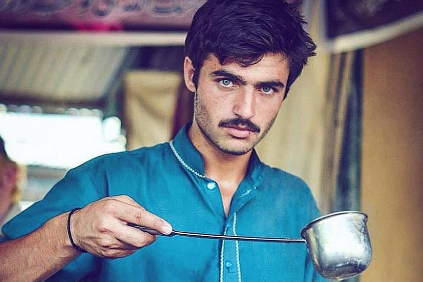 """Mr Khan, a Pakistani tea seller, had no idea that his picture had gone viral as he has no phone and cannot read. He hopes his newfound fame will help him to """"move forward""""."""