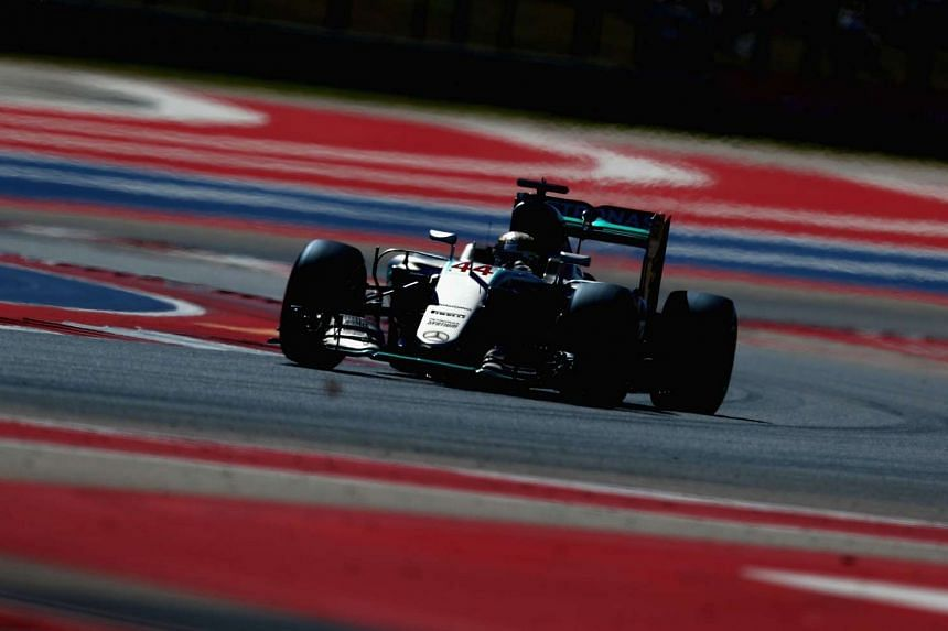 Lewis Hamilton of Great Britain driving the (44) Mercedes AMG Petronas F1 Team Mercedes F1 WO7 Mercedes PU106C Hybrid turbo on track during qualifying for the United States Formula One Grand Prix at Circuit of The Americas on Oct 22, 2016 in Austin,