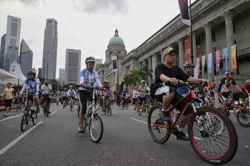 Cyclists outside the National Gallery on Car-Free Sunday on April 24, which coincided with the launch of the Safe Riders Campaign.