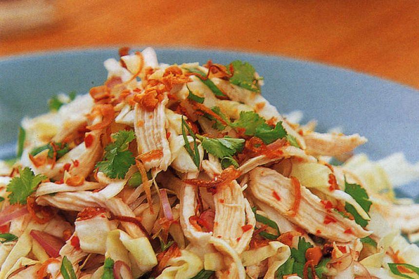 Kerabu Ayam Vietnam, a Vietnamese chicken salad.