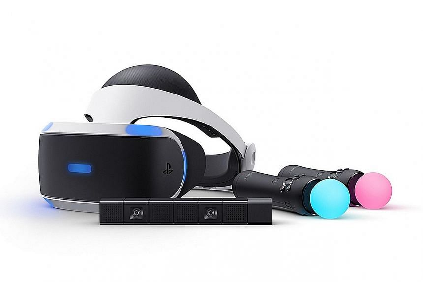 The PS VR headset is very comfortable, with a thick padded headband that distributes weight evenly around the head.