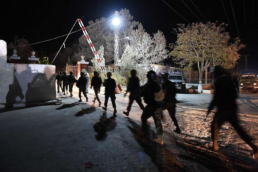 Pakistani soldiers arriving at the Balochistan Police College in Quetta on Monday, after it was attacked by three gunmen.