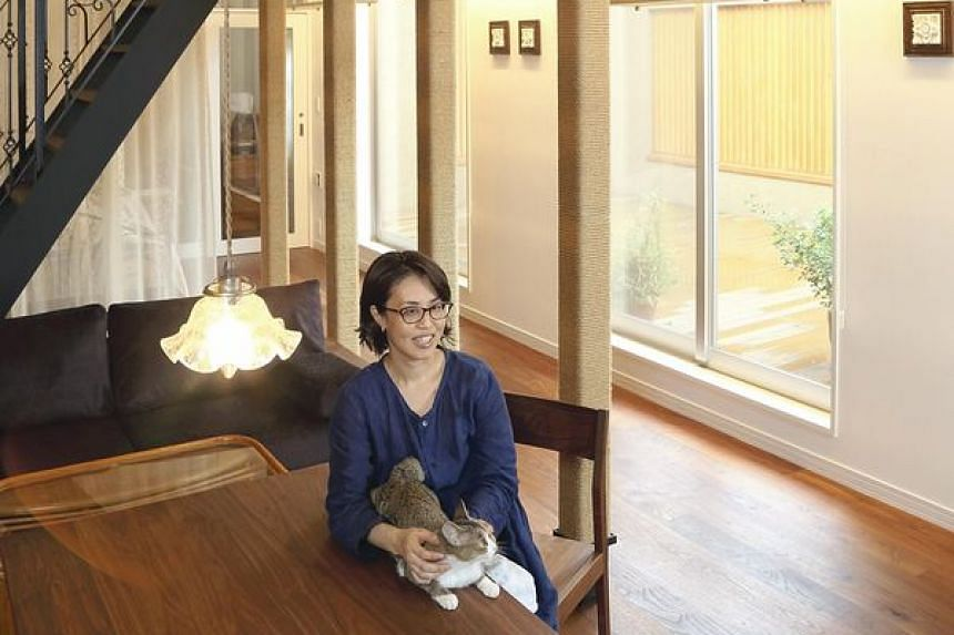 Chiaki Ono has designed and built a cat-friendly house for her and her pet cats.