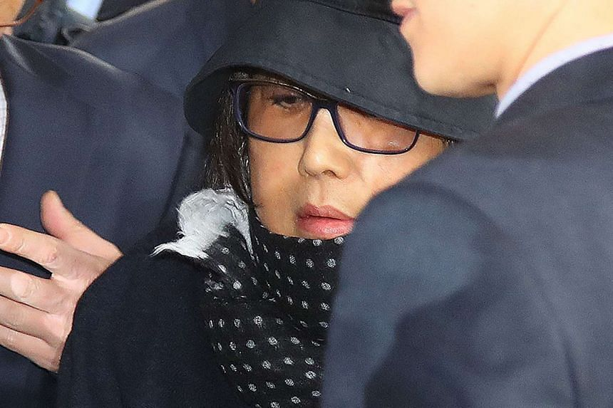 Ms Choi Soon Sil arrives at the Seoul Central District Prosecutor's Office on Oct 31, 2016.