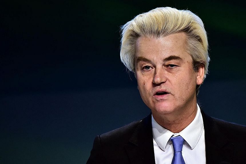 Freedom Party leader Geert Wilders repeated his criticism of Moroccans in a statement read in court.