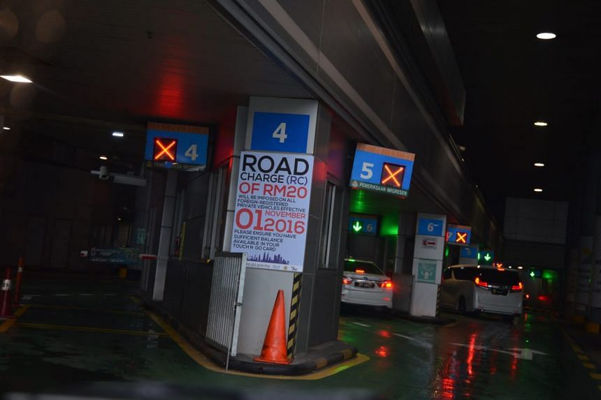 A sign informing motorists about the road charge.