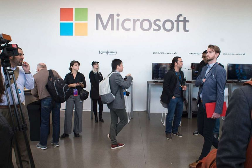 Microsoft Corp said on Tuesday that a hacking group previously linked to the Russian government and US political hacks was behind recent cyber attacks that exploited a newly discovered Windows security flaw.