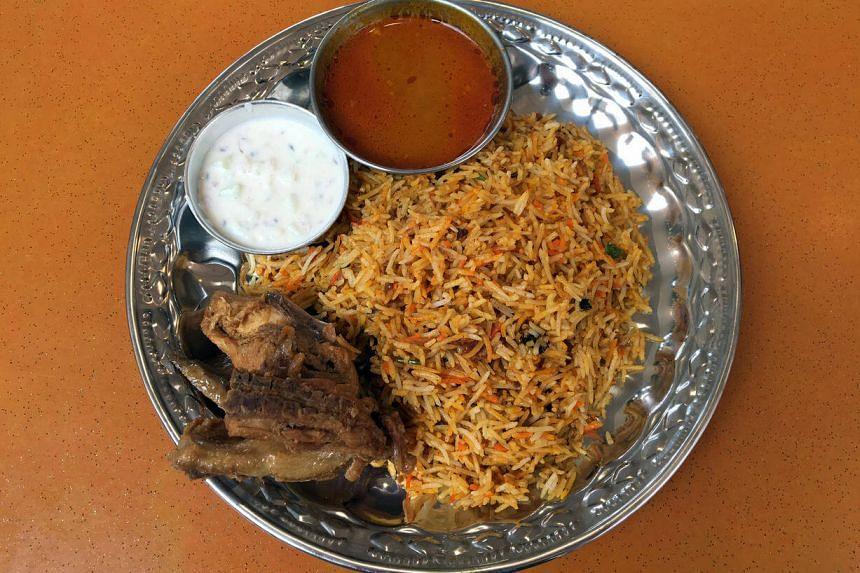 Chicken briyani from Peshawar Briyani House located at Taman Jurong Food Centre.