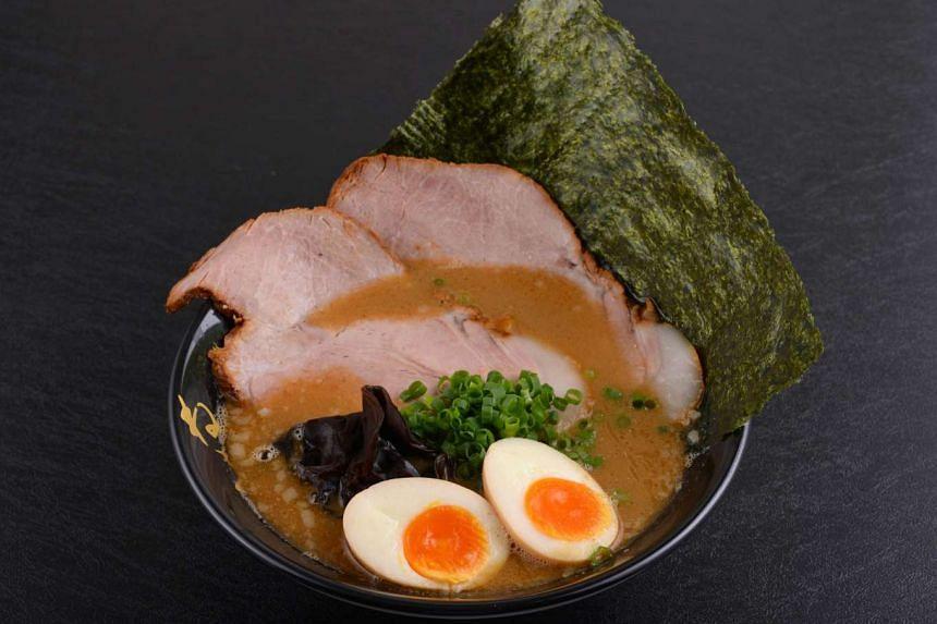 Ramen from Ramen Keisuke Tonkotsu King - Matsuri.
