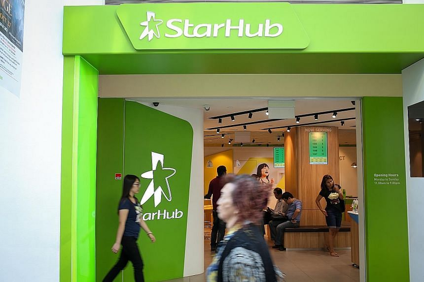 StarHub recorded higher subscription revenue from higher take-up of 4G tiered plans. It also added a net of 9,000 post-paid mobile clients in the quarter, bringing its subscriber base to 1.37 million as at Sept 30.