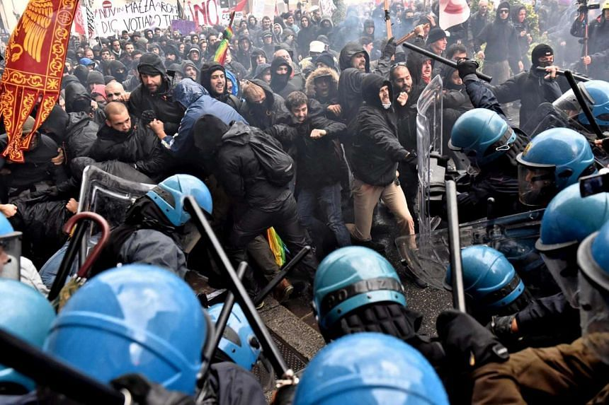 Clashes between police and protesters during an anti-government demonstration in Florence, Italy, took place while Prime Minister Matteo Renzi was visiting the city.