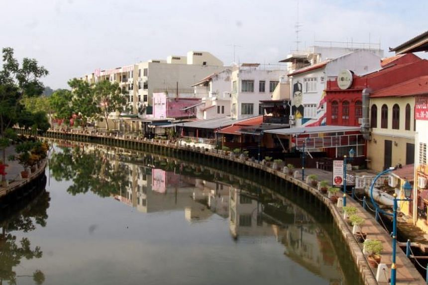 Relics possibly dating back to the 13th-century Majapahit empire are believed to have been found along a stretch beneath the Malacca river.