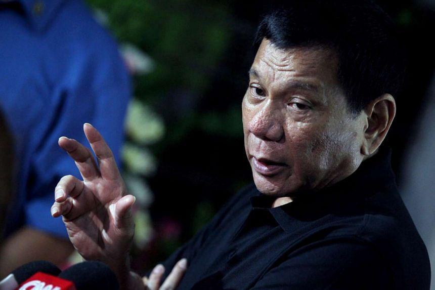Filipino President Rodrigo Duterte speaking to the media on Nov 2, 2016.