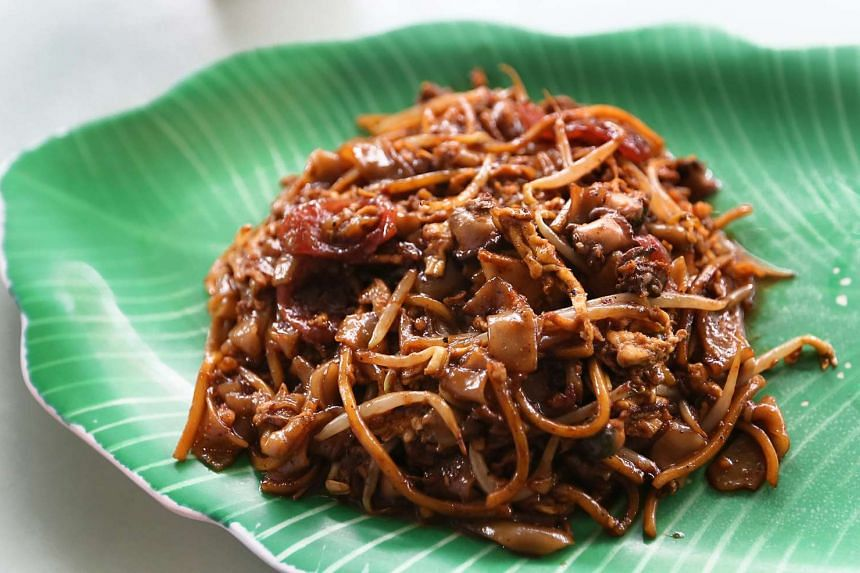 A plate of char kway teow.