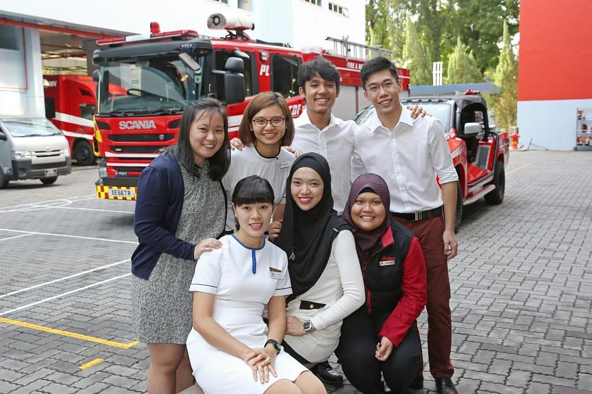 Six individuals and SMRT Corporation Ltd were presented with the Public Spiritedness Award. (Front, left to right) Mrs Xue Dan, Ms Nurhana bte Mohamad, Ms Nurzanariah bte Zainudin, (back, left to right) Dr Peng Kailing, Ms Hazel Tan, Mr Peter Daniel,