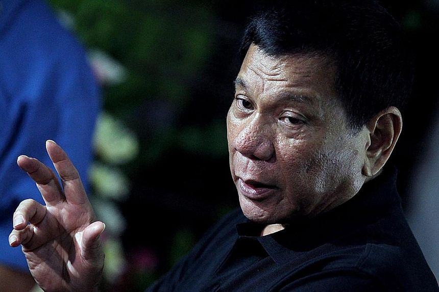 Mr Duterte says he is ordering the police to cancel the weapons deal.