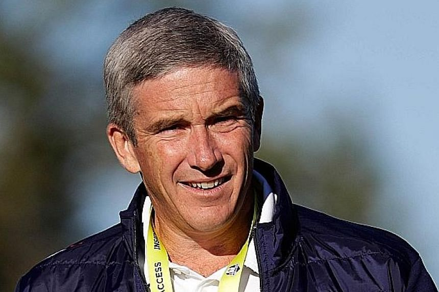 Jay Monahan (left) will replace Tim Finchem as commissioner of the PGA Tour on Jan 1.