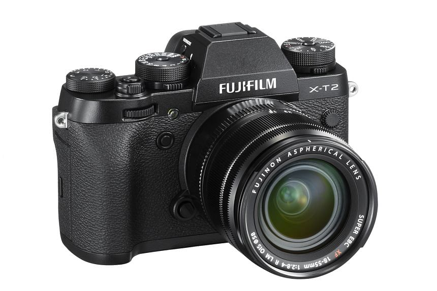 The Fujifilm X-T2 now comes with 91 phase-detection autofocusing points, up from 49 in the X-T1.