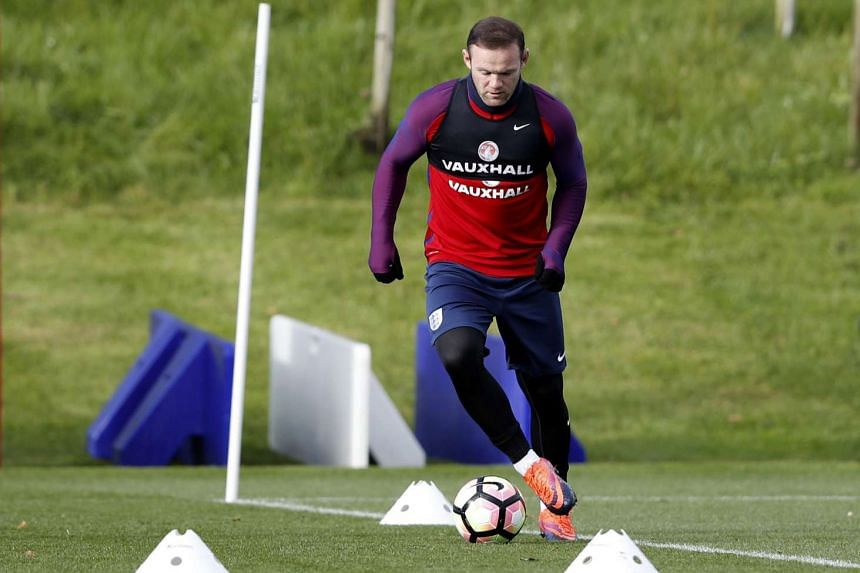 England's Wayne Rooney training with the national team at St George's Park in England on Nov 10, 2016.