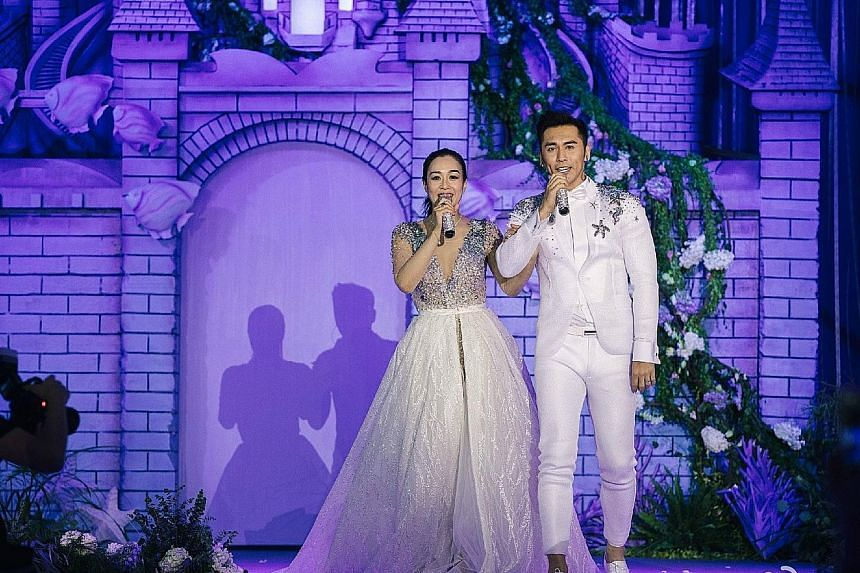 Canadian actress Christy Chung wore a wedding dress for the first time for her third marriage. She wed Chinese actor Zhang Lunshuo in a fairy-tale ceremony with an Under The Sea theme.