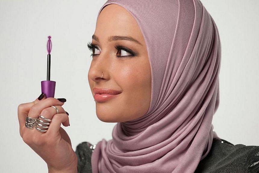 Blogger Nura Afia is also an ambassador for CoverGirl's mascara.