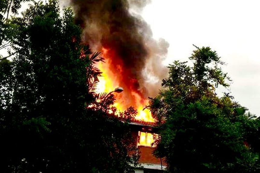 A bungalow roof at 9 Sunset Place caught fire on Thursday (Nov 10), after what was described by neighbours as a lightning strike in the area.