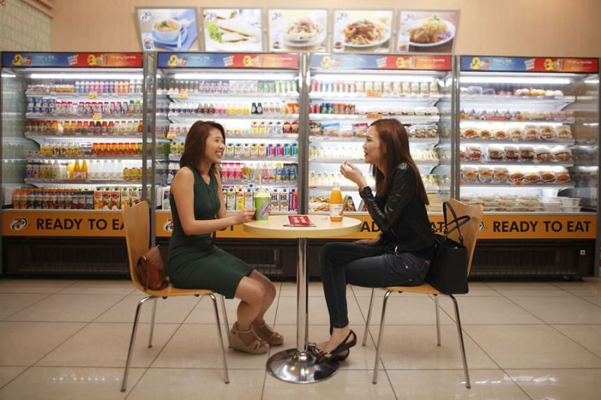 7-Eleven is introducing seating areas and creating an entirely new range of fresh-chilled, ready-to-eat meals that are brought to the store daily.