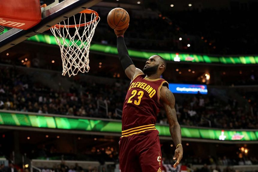 LeBron James #23 of the Cleveland Cavaliers dunks against the Washington Wizards during the first half at Verizon Centre on Nov 11, 2016 in Washington, DC.