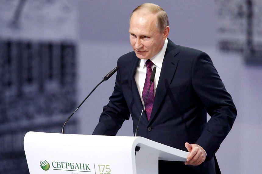Russian President Vladimir Putin delivers a speech at an event marking the 175th anniversary of Sberbank in Moscow, Nov 10, 2016.