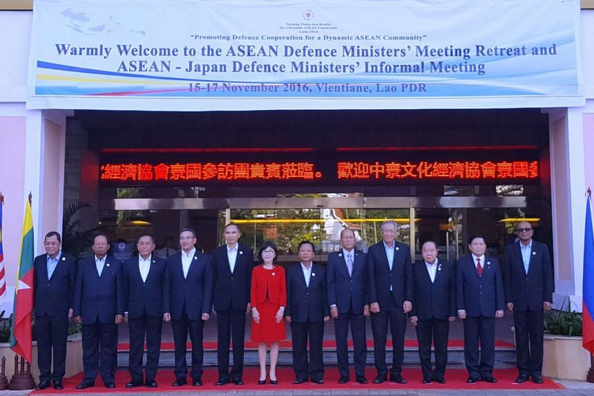 Dr Ng (fourth from right) with his counterparts at the Asean-Japan Defence Ministers' Informal Meeting.