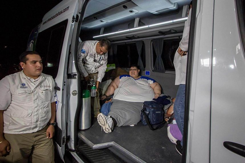 Juan Pedro Franco, who weighs almost 500kg arrives at the hospital in Guadalajara, Mexico on Nov 15, 2016.