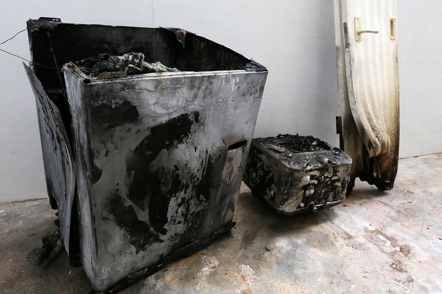 The fire that engulfed a Samsung washing machine in a Bukit Panjang flat was caused by an electrical short circuit likely brought on by moisture.