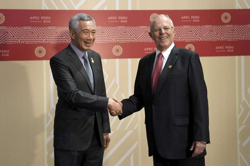 PM Lee Hsien Loong (left) meeting Peru President Pedro Pablo Kuczynski during the Asia-Pacific Economic Cooperation's (Apec) Economic Leaders' Meeting.