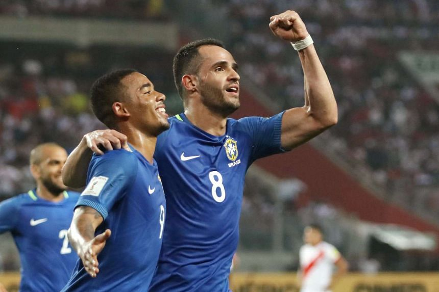 Brazil's Renato Augusto (right) celebrates his goal with teammate Gabriel Jesus during the World Cup 2018 Qualifiers against Peru on Nov 15, 2016.
