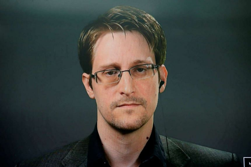 Edward Snowden speaks via video link during a news conference in New York City, Sept 14, 2016.