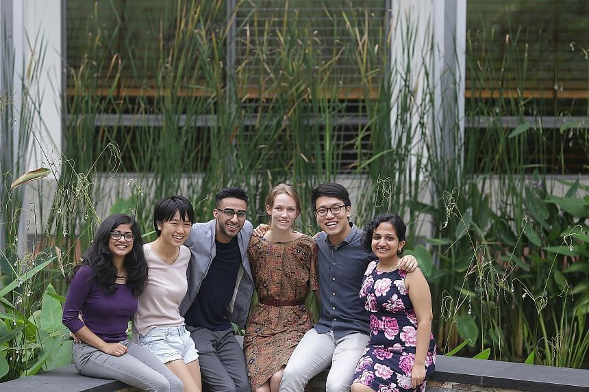 Yale-NUS has an intercultural engagement programme. Some of those involved in it are (from left) students Vasudha Kataruka, Annette Wu, staff member Salman Ahmad Safir; students Kei Franklin, Khwa Zhong Xuan and staff member Sara Pervaiz Amjad. The s