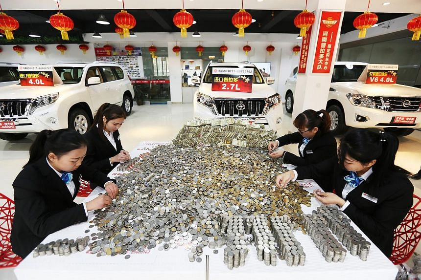 A man in central China has made headlines for using bags of small change to buy a car worth 400,000 yuan (S$82,600). The man, who was not named by Chinese media, brought sacks of coins and small-denomination notes to a car dealer in Zhengzhou, centra