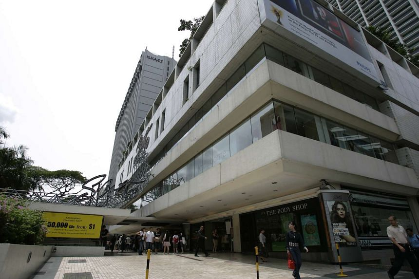 Mr Rajabali Jumabhoy took his son Ameerali to court for mismanagement of their business, Scotts Holdings, whose crown jewel was the Scotts Shopping Centre on Orchard Road.