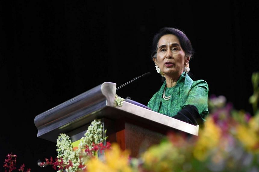 Myanmar State Counsellor Aung San Suu Kyi speaking to the Myanmar community in Singapore on Dec 1, 2016.