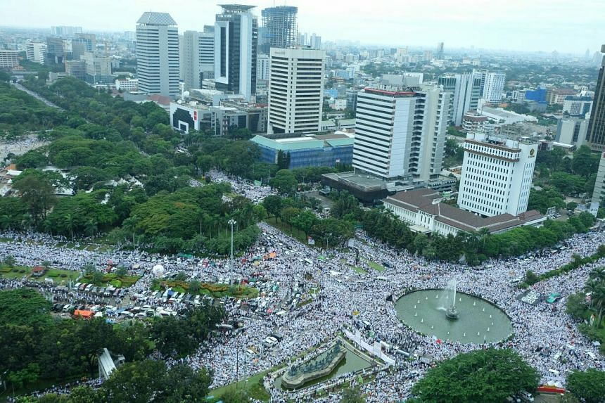 A view of the Bundaran BI or a roundabout at Bank Indonesia, the country's central bank building.